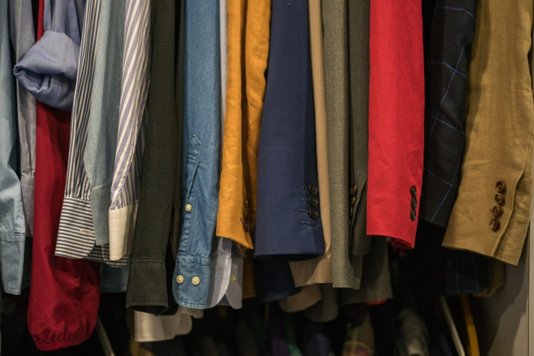 WHAT-TO-DO-WITH-OLD-CLOTHES